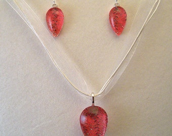 Red and Silver Teardrop Glass Pendant and Earrings Set
