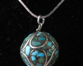 "Pretty Vintage Turquoise & Silver Mosaic Inlay Bead Pendant Necklace with 17"" Sterling Silver Chain"