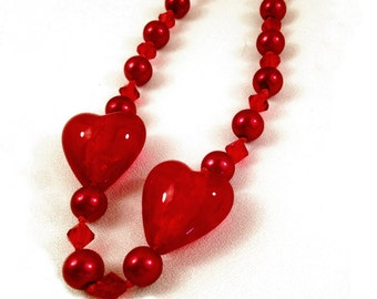 Queen of Hearts ~ 20-in Necklace ~ Heart-Shaped Glass Art beads, pearl-knotted with deep-red pearls and Swarovsky Crystals