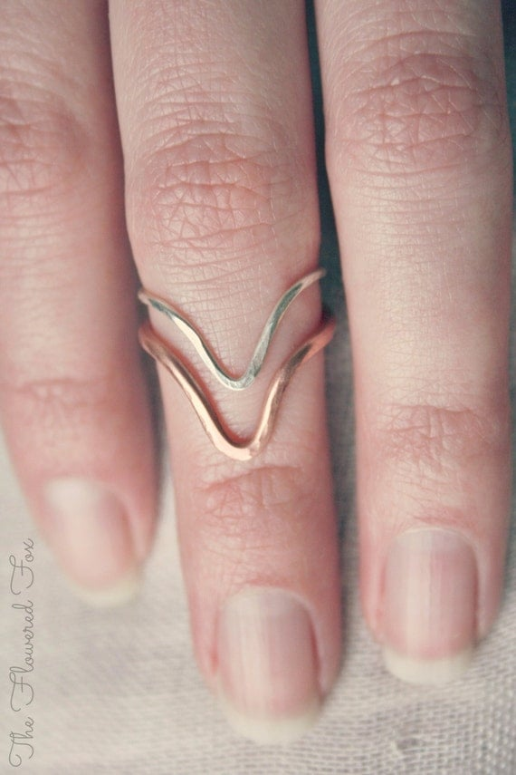 The Flowered Fox Chevron Ring Set of Two - 2 Midi Chevron Ring