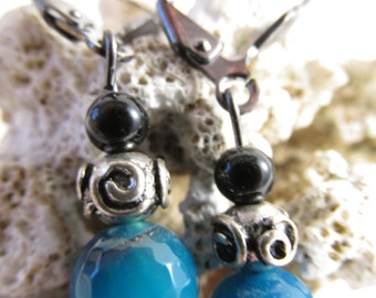 2948 - Earrings Blue and black agates