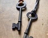 Skeleton Key Necklace - Mens Skeleton Key Necklace - Womens Key Necklace - Leather Necklace - Deerskin Cord Unisex Necklace