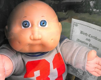 """1985 Cabbage Patch Kid """"Arnie Aaron"""" Retro Coleco CPK Xavier Roberts Boy Doll in Near Mint Condition with Original Box, Tag & Adoption Paper"""