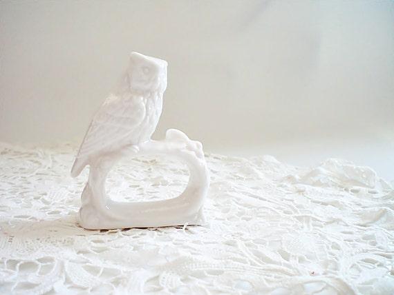 vintage napkin rings snow white ceramic owl by vintagebiffann