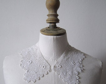1910's Crochet Lace collar