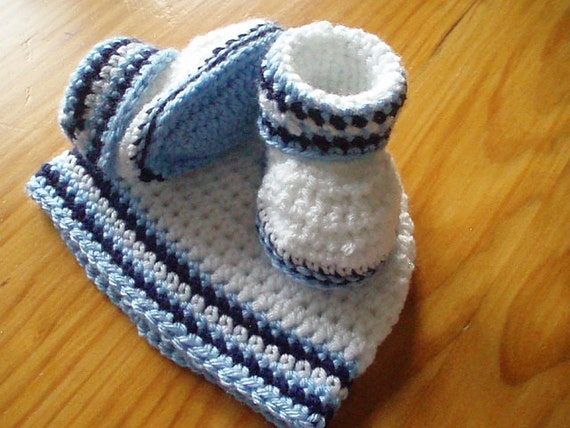 Baby Boys Booties and Hat Crochet Pattern Stay on Booties and