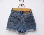 Vintage Levi's High Waist Shorts, High Waist Denim Shorts, Vintage Shorts, Size 3