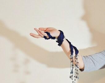 Boho Beaded Necklace, Silk Wrap Scarf, Silk Necklace, Wrap Crochet Necklace, Oya Foulard, Silk Skinny Scarf, Crochet Jewelry, Women's Gift
