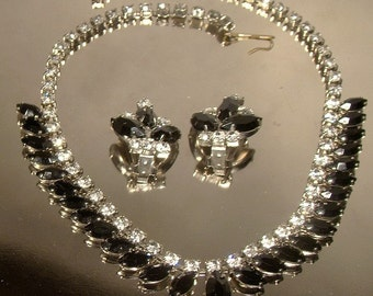 Retro BLACK WHITE RHINESTONES Necklace and Earrings Set 1950s