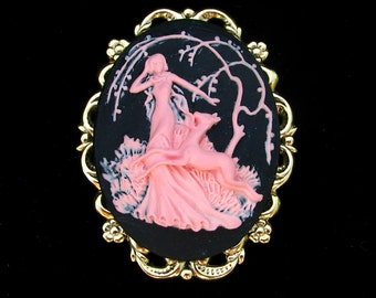 Art Deco Style Pink and Black Cameo Brooch or Pendant