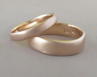 Matte Wedding Ring in 14k Rose Gold - River