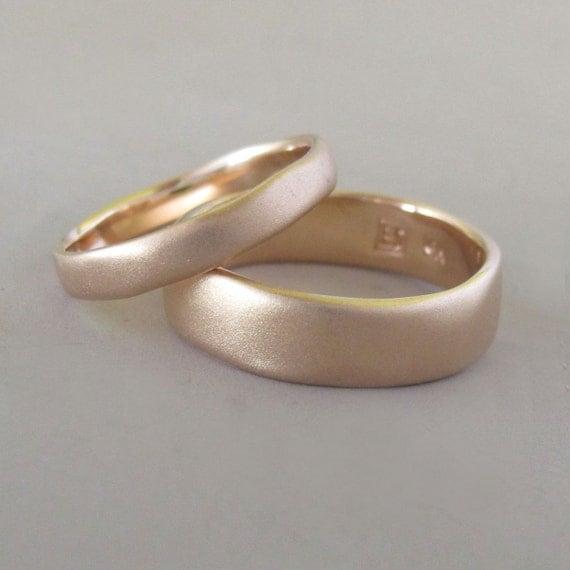 Matte Wedding Ring in 14k Rose Gold - River