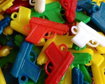 10pcs PLASTIC GUN CHARMS Vintage Wee Weapons