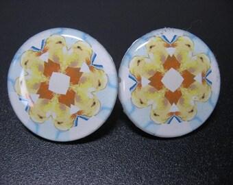 Spring Chick Post Earrings