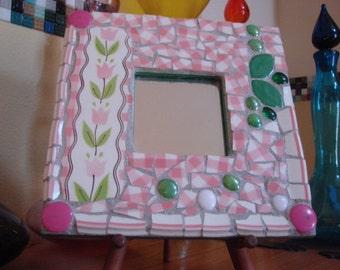 Mosaic Art Mirror Pink Tulips green Leaf Gingham Plaid Mikasa Retro Vintage Broken Plate cotton Candy