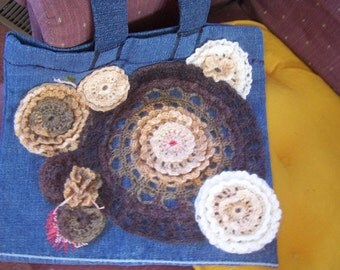 Crocheted Motifs of Ruffled Circles for an Applique Purse PDF Pattern with several (9) variations