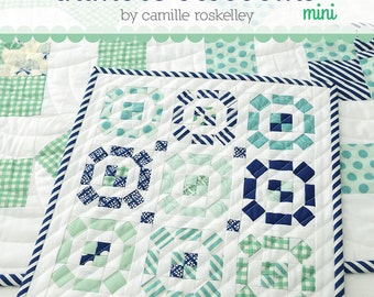MINI Puddle Jumping quilt pattern from Thimble Blossoms