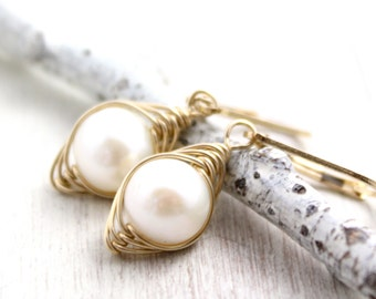 Perfect Pearl Earrings in Gold