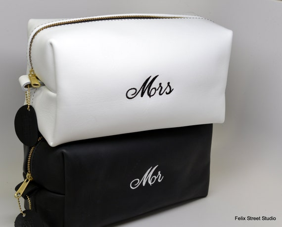 MR and MRS Personalized Wedding Gift Just Married LARGE Leather Travel Bags Toiletry Bags Travel Bag Dopp Bag Shaving Bag Cosmetic Bag