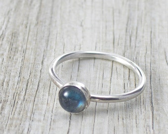 Labradorite Gemstone Ring with Blue Flashes