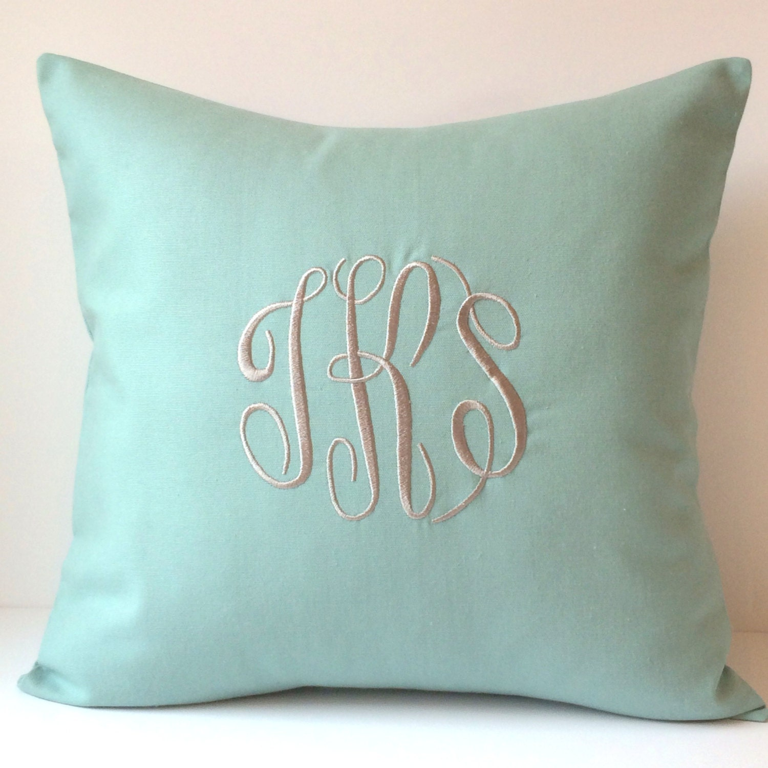 Monogrammed Pillows. 18 x 18 Throw Pillow Cover. Personalized