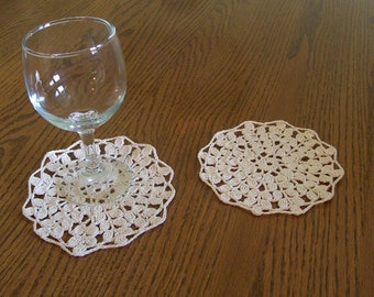Crocheted Ecru Harvest Wheat Coaster Doily Set