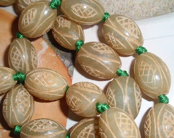 Jade,Carved Beads,Gemstone 16x12mm handcarved Beads-6