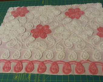 Chenille bedspread  Plush Pink Daisys White Curly Q's Pink Ground sewbuzyb sst