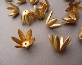 6 Bead Caps - Raw Brass Floral Pointy - Flower Stampings
