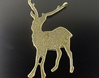 Antiqued Style Bronze Tone Alloy Deer Pendants Charms   jewelry findings  quantity one SEW300