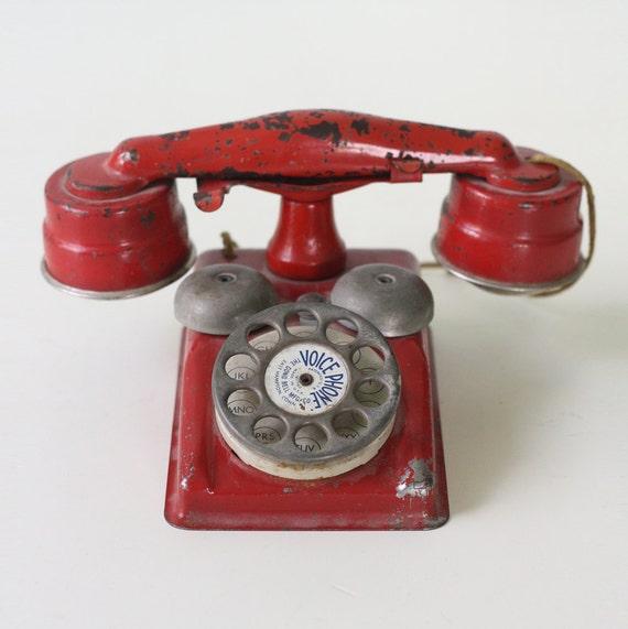 Vintage Toy Phone 32