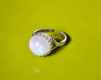 Cocktail ring, Moonstone ring, Sterling Silver Ring, Adjustable silver Ring, Rainbow moonstone, Gemstone ring,925 Sterling Silver, Moonstone