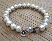 Moonlight pearl crocheted bracelet, boho, chic, natural earthy, swarovski pearl, white pearl crocheted bracelet, original jewelry