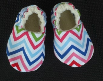 Chevron, Baby Shoes, baby Slippers, Girl, Pink,Blue, Organic Sherpa Lining, Cotton