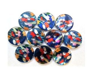 10 Shell buttons floral ornament beautiful design in assorted colors 11.5mm