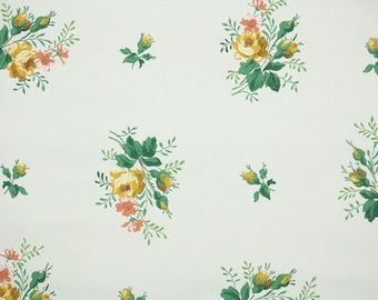 1940's Vintage Wallpaper - Floral Wallpaper Yellow Rose Bouquets and Rosebuds