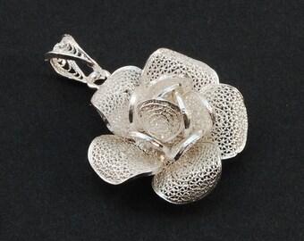 Thea Rose - Silver Filigree Pendant