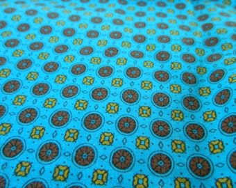 Sale--Vintage Cotton Fabric-Small Flower Circles--Sale