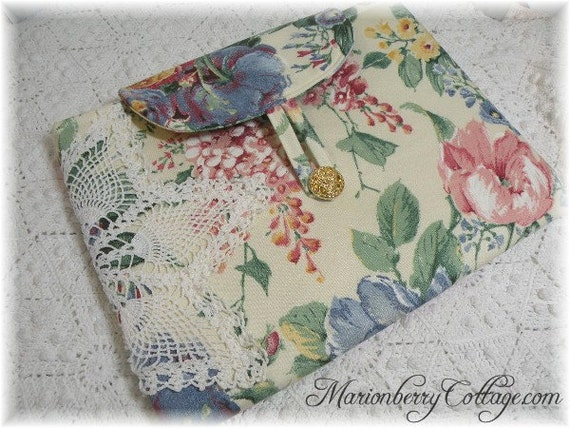 Netbook or tablet sleeve Vintage crochet soft yellow floral cottage roses