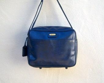 Vintage carry on / SASSON navy blue overnight tote, messsenger bag / shoulder strap / vintage luggage, Samsonite style