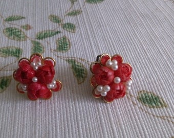 Red Shell Earrings with Seed Pearls have Clip Back