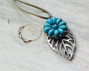 Leaf Turquoise Necklace - Flower Pendant - Gray Leather Cord
