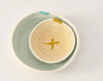 Cotton cord basket aquamarine and mustard – Mediterranean style – Natural home décor – key holder bowl – Bread basket – Beach house decor