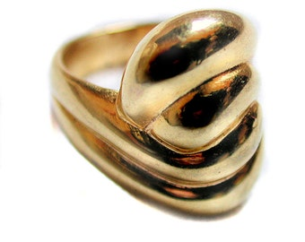 Vintage Twist Ring Gold Tone Bold Sculptural Statement Ring Size 5
