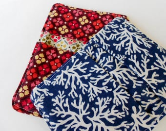 Blue Seaweed And Floral Print Pot Holders