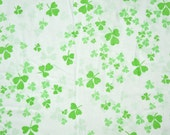 Vintage sheet Fat Quarter - green shamrocks