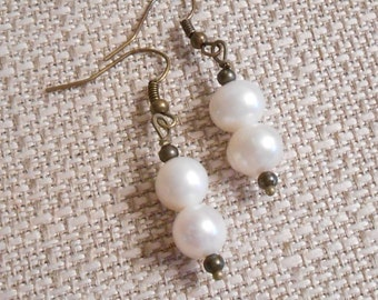 Freshwater pearl and Brass Earrings