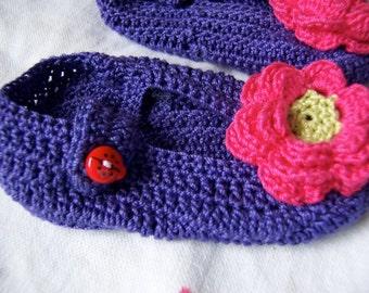 handmade purple baby booties