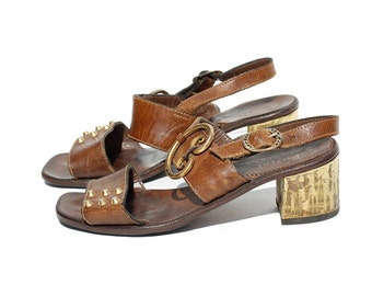 Size 7 ITALIAN Vintage Brown Leather SANDAL