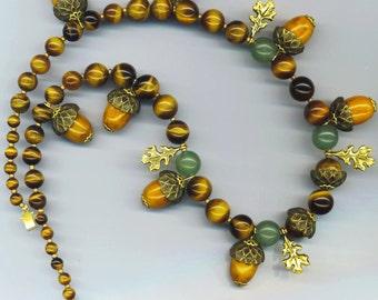 Vintage Bakelite Acorn Necklace. Mint Green Jade. Fall Autumn. Goldtone Oak Leaves. Art Deco 1940s - Autumn Fruits by enchantedbeads on Etsy